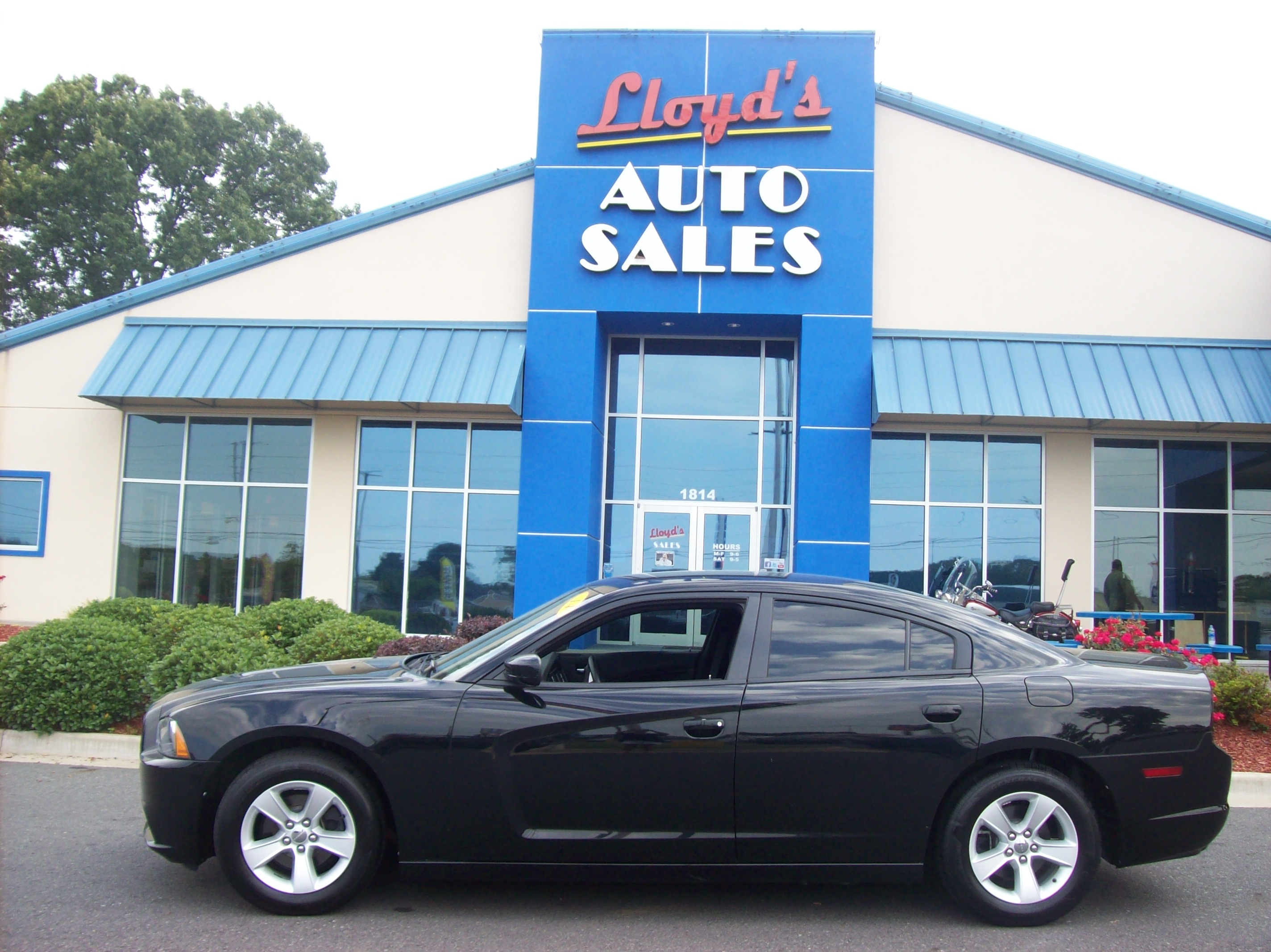 2014 BLACK /Gray/ Cloth Dodge Charger SE (2C3CDXBG3EH) with an 3.6L V6 DOHC 24V engine, 5-Speed Automatic transmission, located at 1814 Albert Pike Road, Hot Springs, AR, 71913, (501) 623-1717, 34.494591, -93.094971 - Photo #0