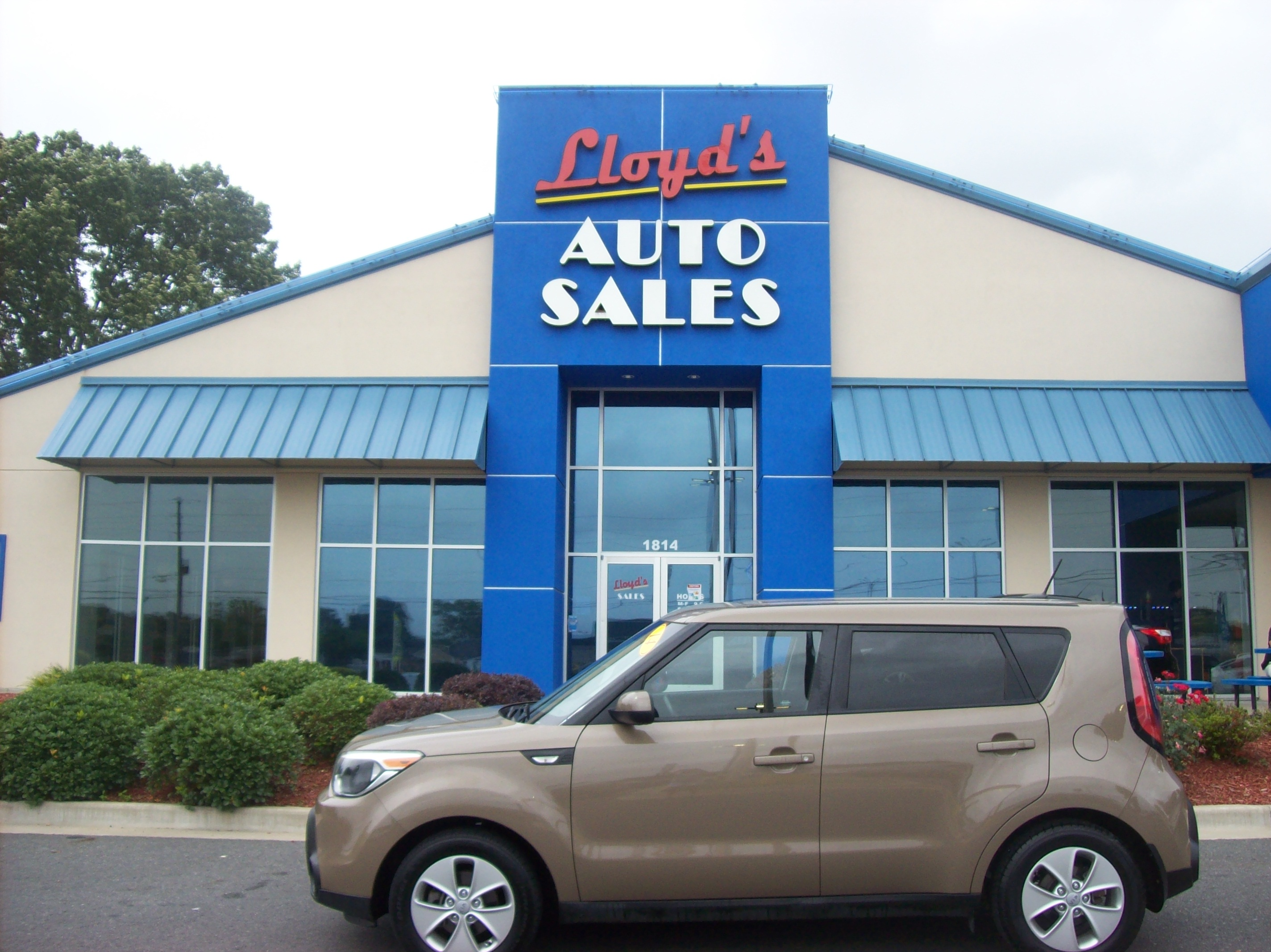 2014 Brown /Black / Cloth Kia Soul Base (KNDJN2A22E7) with an 1.6L L4 DOHC 16V engine, located at 1814 Albert Pike Road, Hot Springs, AR, 71913, (501) 623-1717, 34.494591, -93.094971 - Photo #0